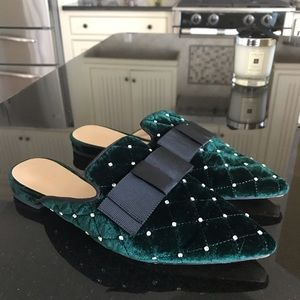 Ann Taylor Brand Emerald Green Mules Size 7-1/2